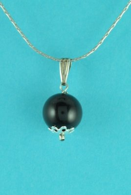 "Sterling Silver & Onyx Pendant with 16"" Chain"