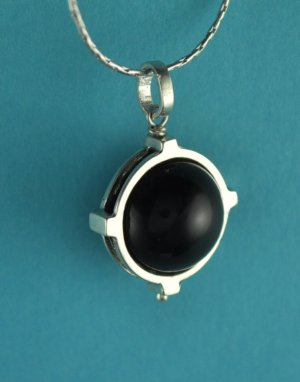 "Sterling Silver Natural Onyx Pendant with 16"" Chain"